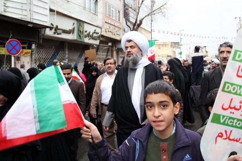 پیام حضرت آیت الله هادوی تهرانی در خصوص دعوت مردم برای حضور گسترده در راهپیمایی یوم الله 22 بهمن 1397
